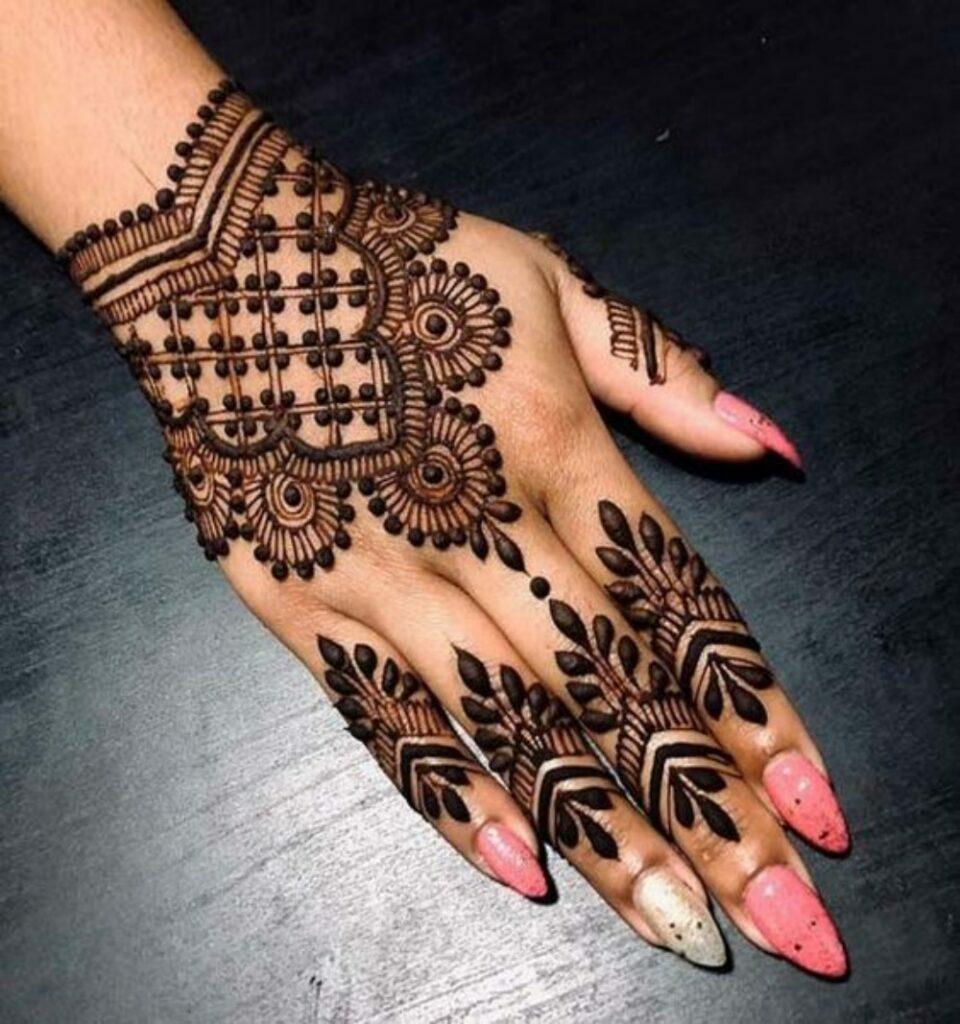 Modern Simple Mehndi Designs Step by Step (1)
